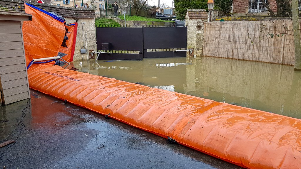 Water-Gate Flood Barriers