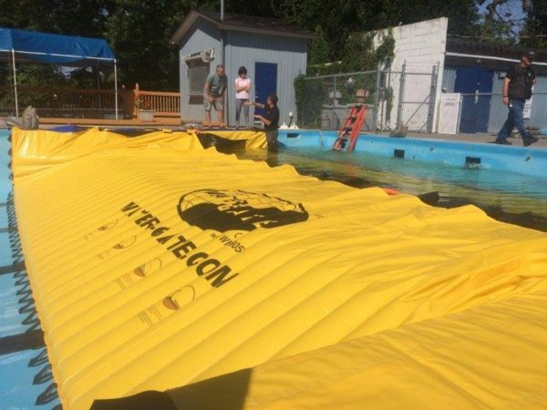 Water-Gate tested in swimming pool